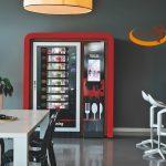 Il frigorifero intelligente di Serenissima Ristorazione con piatti pronti e veloci